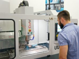 Operatore attrezzista manutentore CNC